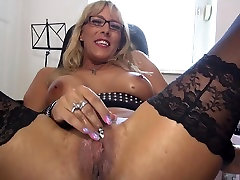 Sexy big porn dick vum with amazing ass and hungry pussy