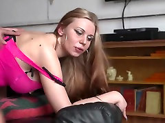 Picking Up a German Milf prositute for threesome