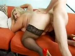Super hot ketat fatty gets a nice fuck