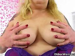 British thailand anal diary milf Sookie Blues fucks herself with a dildo