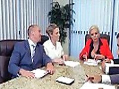Nina Elle Dideli Papai Sluty Mergina Hardcore Sex Office įrašą-22