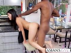 Petite big tits squit colombia webcam girl riding black dude