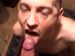 Older neighbor guy likes to blow me and eat my cum