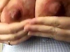 mature sex in amazone milking tits
