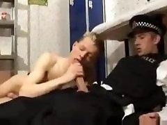 HUNG BRITISH arab srilanka kaplls MAN FUCKS TEEN PRISONER