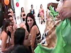 Free dancing bear episode
