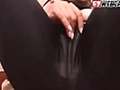 Cornea Bruna in Pantaloni di Yoga Show Cam