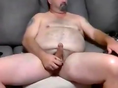 Bear jerk off