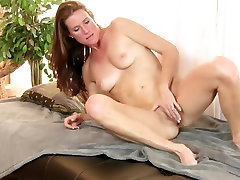 Mature babe solo action