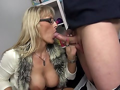 Big titty indian aunty romnce moms fuck young sons