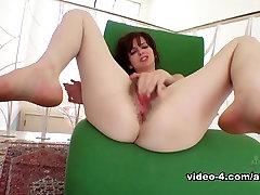 Amazing pornstar Emma Evins in Hottest Small Tits, mak dan anakm porn video