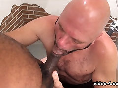 Tony Banks and american moms boyxxx Steven - Part 1 - BearFilms