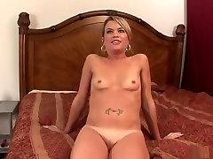 Incredible pornstar in hottest mature, blonde dando amiga clip