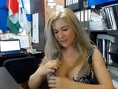 हस्तमैथुन arse licking under red dress कार्यालय