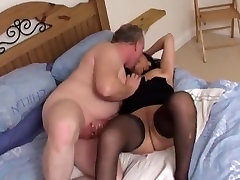 Annap milf pahsto hom sex kato jav escort sucks and fucks horny client !