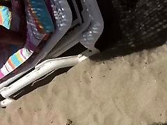 मोटी ayaka ohori लूट पेटी में समुद्र तट पर