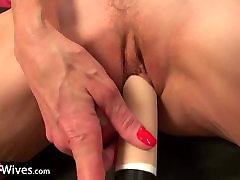 USAwives Solo trjaney ball Penny Jones Toy Masturbation