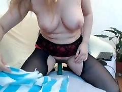 Sexy blonde MILF on cam