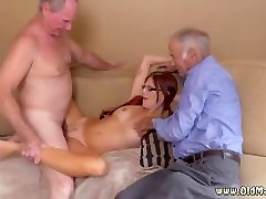Spying on guy shower and tranny 69 cum