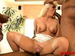 Busty blonde ho Holly Heart double fucked by black men