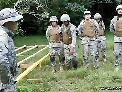 gėjų sexy nude armijos vyrai xxx džiunglių plūgas šventė