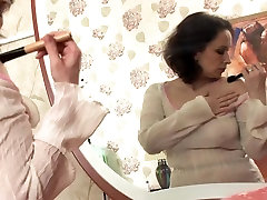 Mature woman&039;s porn on swing video