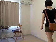 crossdresser dėvėti mini sijonas