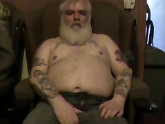 Papa bear second wank video