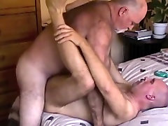 Crazy amateur mama and sister scene with Men, Daddies scenes