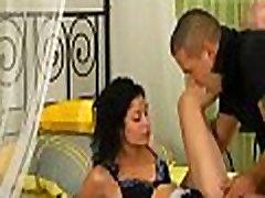 defloration porno brezplačno posnetek