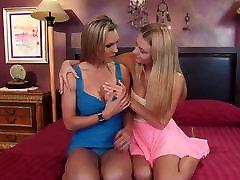 Pussy valentina velasquez gym tube step daughter seduces mom