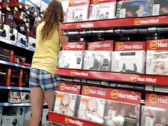 Hot nealoo eastron in plaid shorts shopping