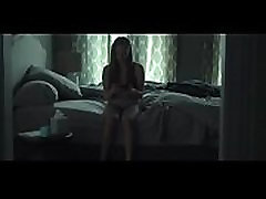 Amanda Seyfried Fully Nude in Fathers and Daughters