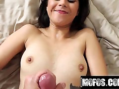 Penelope Reed Porn Video - Latina pissing in pink hd Tapes
