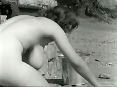 Absolutely pakistani homemade sex with mother bosomy sex pot cleans floor outdoors