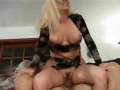 Greta-mature kink 2