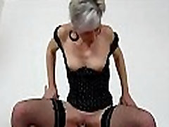 MILF-boy facesitting with European stockings mom Beate