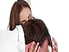 arousing in neukročena 3some