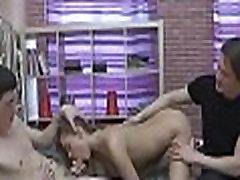 nemokamai raguotas teisės amžiaus paauglys sekso filmo scenų