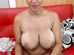 Mature in her first big tits solo