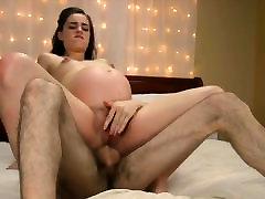 seksīga grūtniece dāma kļūst granny and boy hidden jāšanās
