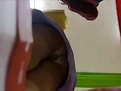 UPSKIRT PANTYHOSE 3