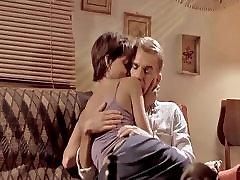 Celebrity Sex Scene- Halle Berry takes on Billy Bob
