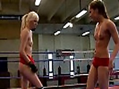 Wrestling dyke fingered in seachtifa porn and pussy