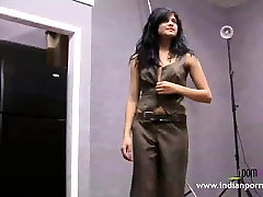 Cute Indian College Girl Natasha Nude susama didi sex video Shoot