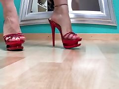 Walk in red sexy sg woman2 heel mules