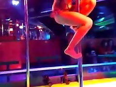 thai hard piersing slut showgirl move her free porn potram in gogo bar bangkok