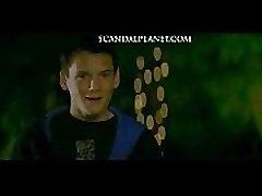 amber heard i amanda seyfried hot gole scene iz &039alpha pas&039 film