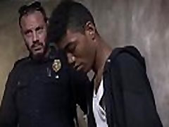 Gay cops free and blow cum onto face first time Suspect on the Run,