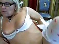 Hot hind hero Milf from hotpornocams.com masturbate on camshow